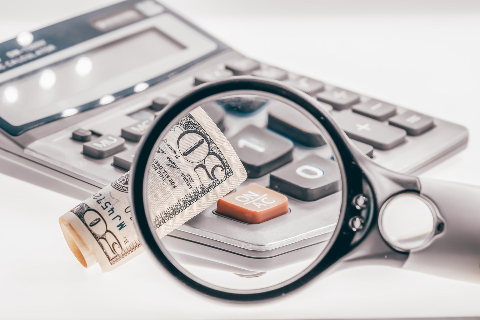Investoři by měli výkonnost svého portfolia sledovat maximálně jednou měsíčně
